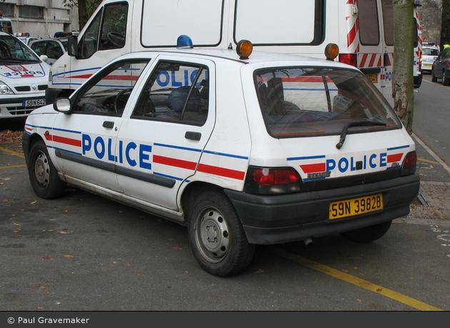 Einsatzfahrzeug lille police nationale fustw bos for Police nationale lille