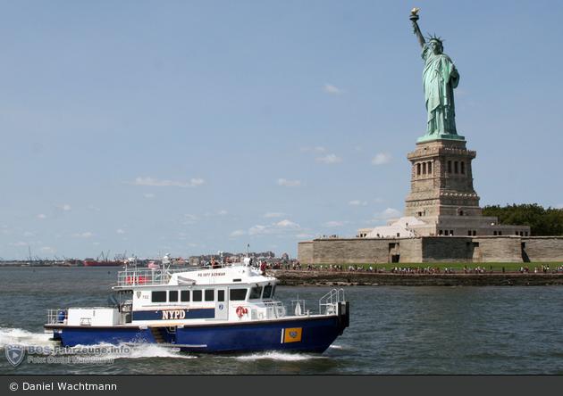 NYPD - Randall's Island - Harbor Unit - Boat 702