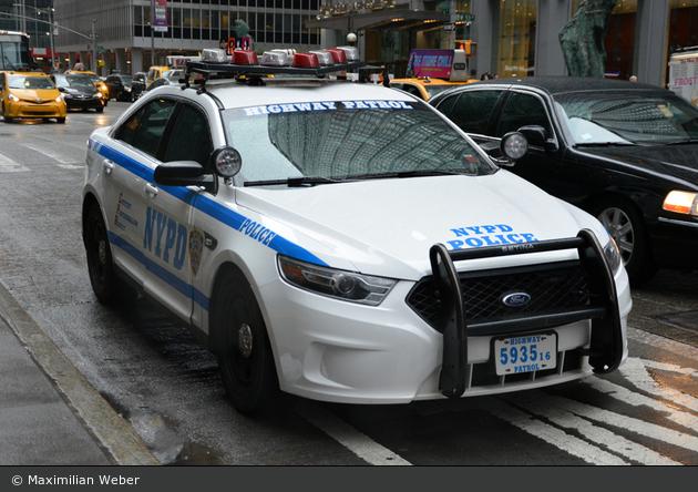 NYPD - Brooklyn - Highway 2 - FuStW 5935