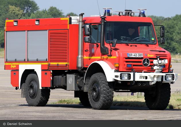 BP42-389 - MB Unimog U 5000 - FLF