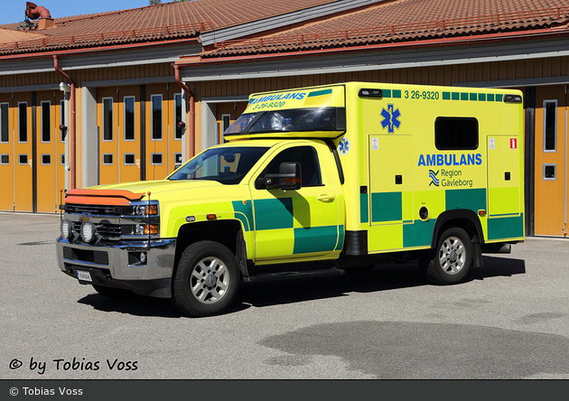 Bollnäs - Landstinget Gävleborg - Ambulans - 3 26-9320