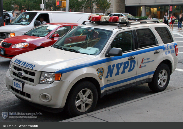 NYPD - Manhattan - Traffic Enforcement District - FuStW 6913