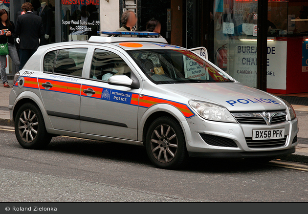 Einsatzfahrzeug London Metropolitan Police Service Fustw Bhy