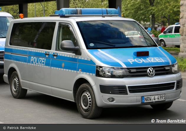 NRW4-4391 - VW T5 - HGruKw