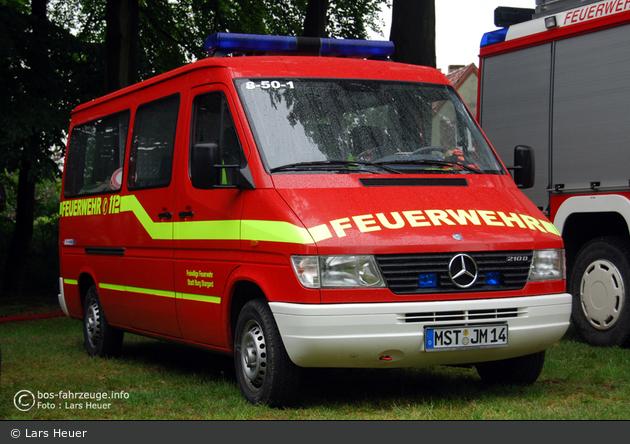 Florian Burg Stargard 08/50-01