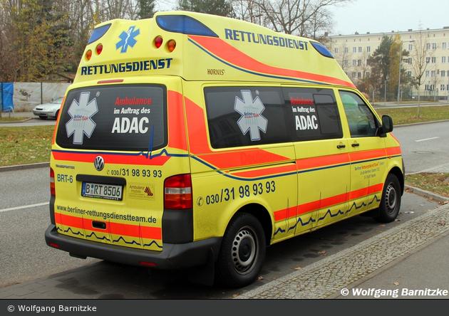 einsatzfahrzeug krankentransport berliner rettungsdienst. Black Bedroom Furniture Sets. Home Design Ideas
