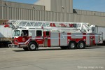Vancouver - Fire & Rescue Services - Ladder 7