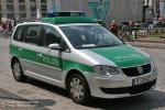 B-30142 - VW Touran 2.0 TDI - FuStW