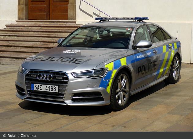 Praha - Policie - 5AE 4168 - FuStW