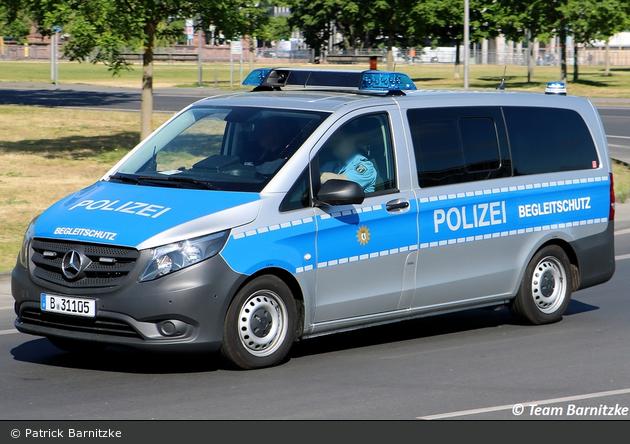 B-31105 - Mercedes Benz Vito - Kleinbus mit Funk