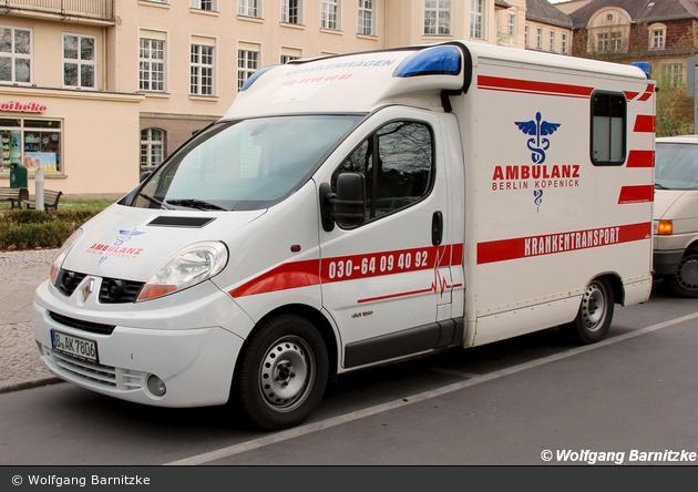 einsatzfahrzeug krankentransport ambulanz berlin k penick ktw bos fahrzeuge. Black Bedroom Furniture Sets. Home Design Ideas
