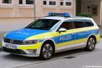 WHV-P 989E - VW Passat Variant - FuStW