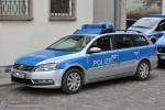 MVL-33108 - VW Passat Variant - FuStW - Stralsund