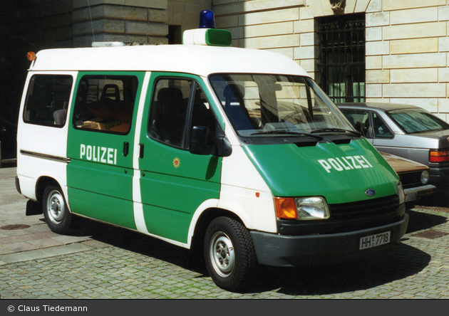 HH-7718 - Ford Transit - HGrKw (a.D.)