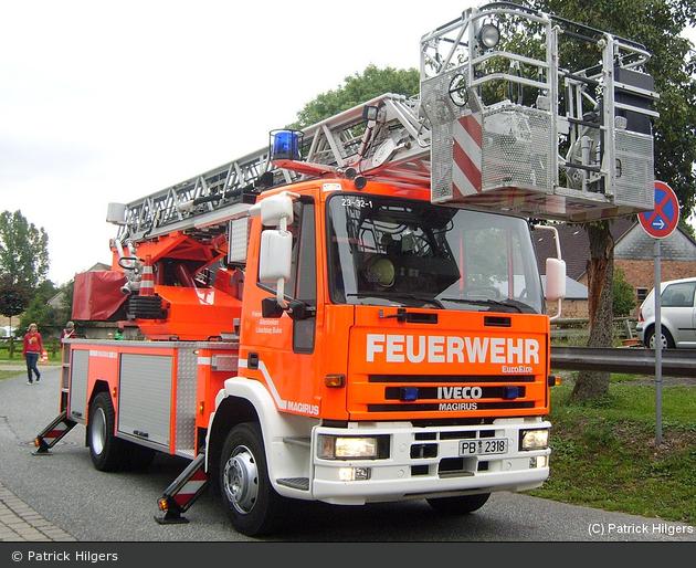 Florian Paderborn 23/32-01