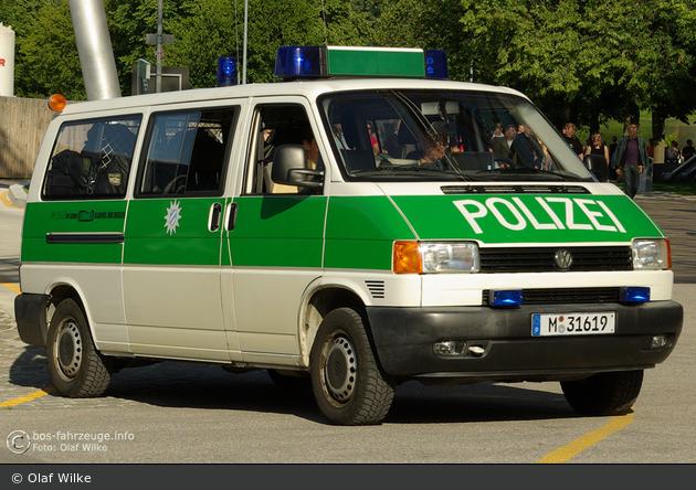 M-31619 - VW T4 - HGruKW - München