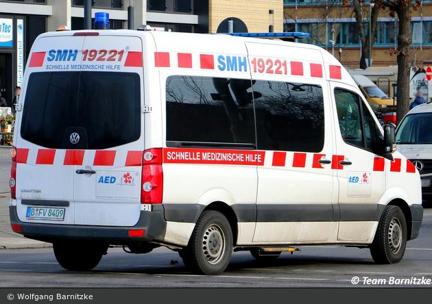 Krankentransport SMH - KTW (B-FV 8409)