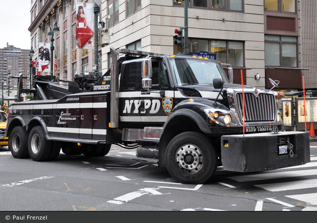 NYPD - Manhattan - Traffic Enforcement District - Tow-Truck 6701