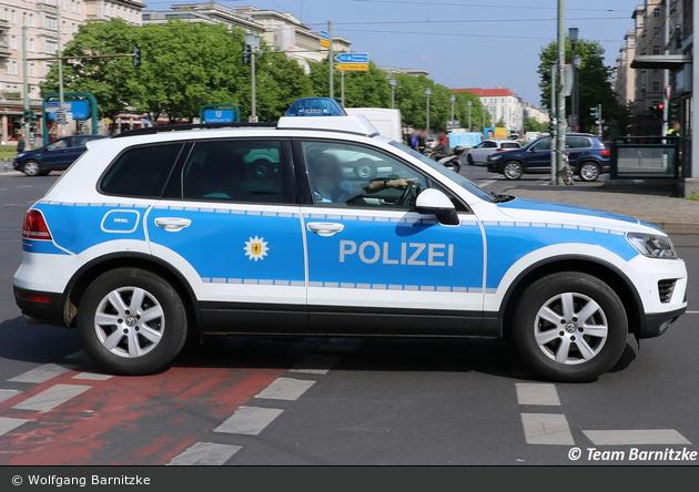 BP22-433 - VW Touareg - FuStW