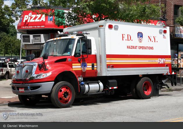 FDNY - Manhattan - Containment Vehicle - LKW
