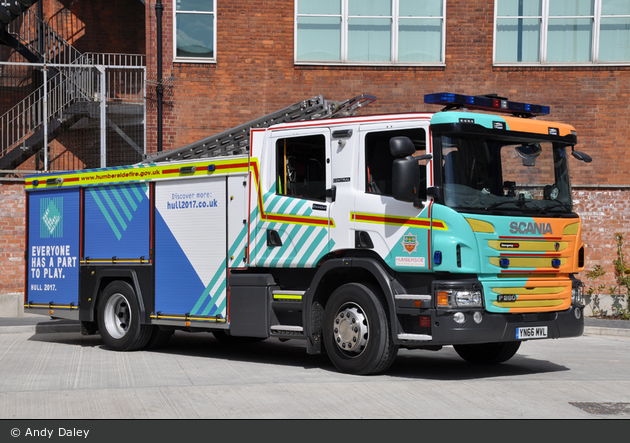 Hull - Humberside Fire & Rescue Service - WrL
