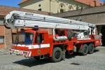 Praha - HZS - FW 11 - Gelenkmast (a.D.)