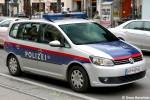 BP-90689 - VW Touran - Funkstreifenwagen