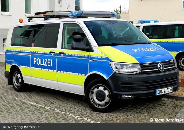 BBL4-3757 - VW T6 - FuStW BAB