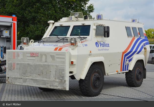 Etterbeek - Police Fédérale - Direction de Sécurité Publique - SW - 42