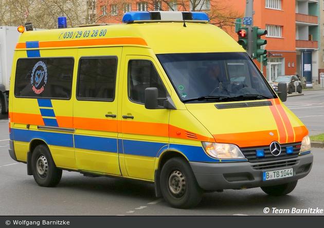 Krankentransport Spandau - KTW (B-TB 1044)