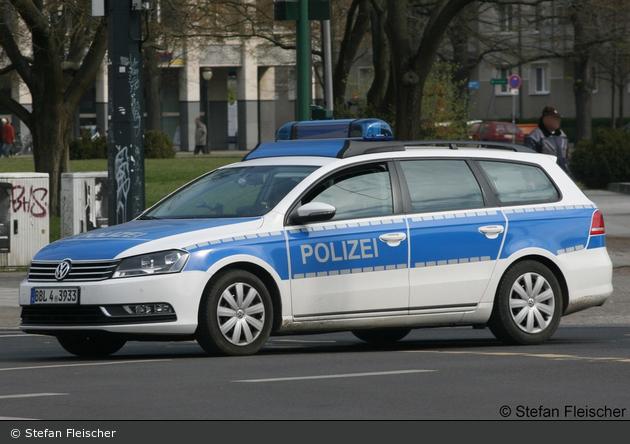 BBL4-3933 - VW Passat Variant - FuStW