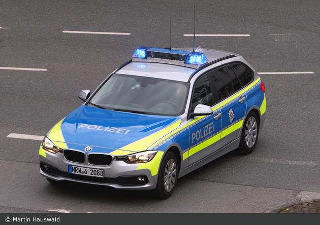 NRW6-2088 - BMW 318d Touring - FuStW