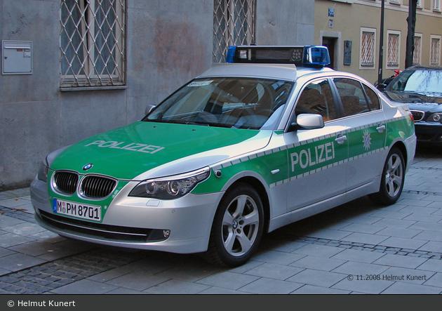 M-PM 8701 - BMW 5er - FuStW - München