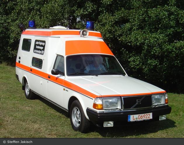 einsatzfahrzeug  rettungsdienst der ddr regierung berlin - l-06922  a d