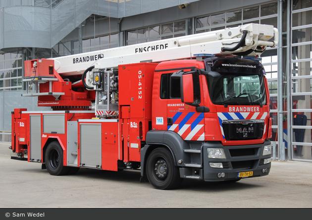 Enschede - Brandweer - TMF - 05-4152