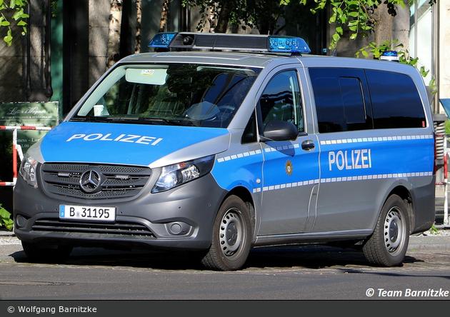 B-31195 - Mercedes Benz Vito - Kleinbus mit Funk