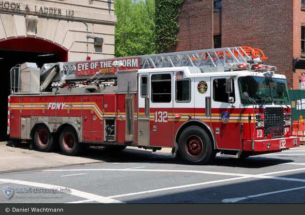 FDNY - Brooklyn - Ladder 132 - DL