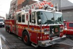 FDNY - Bronx - Ladder 038 - DL