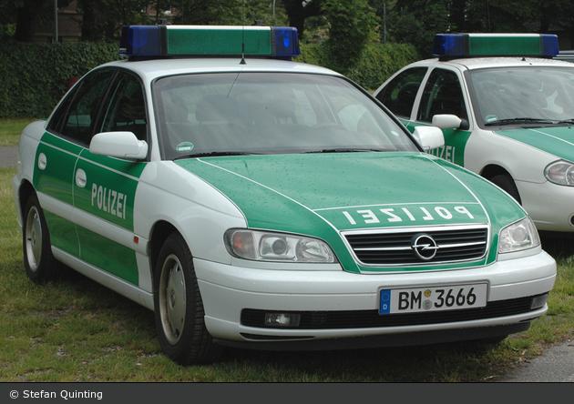 BM-3666 - Opel Omega B 2.6 - FuStw