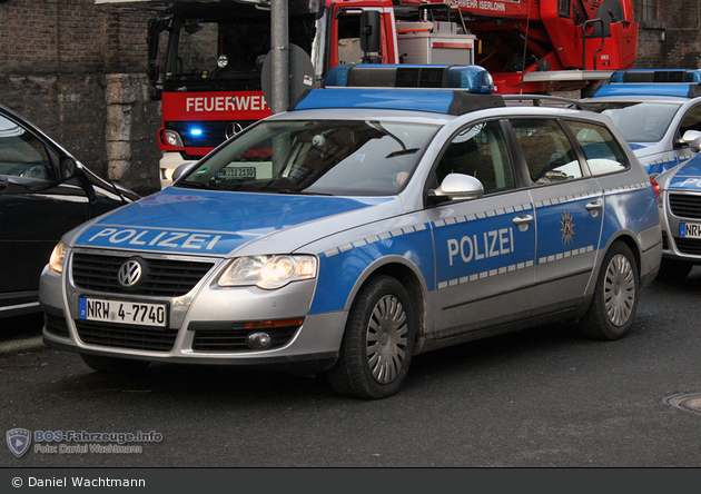 NRW4-7740 - VW Passat Variant - FuStW