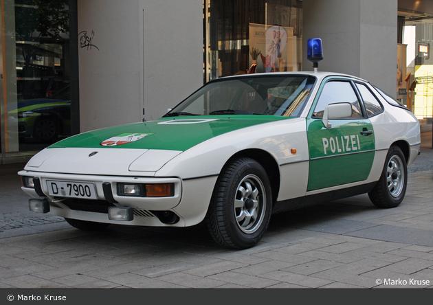 D-7900 - Porsche 924 - FuStW BAB (a.D.)