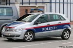 BP-194 - Mercedes-Benz B180 - Funkstreifenwagen