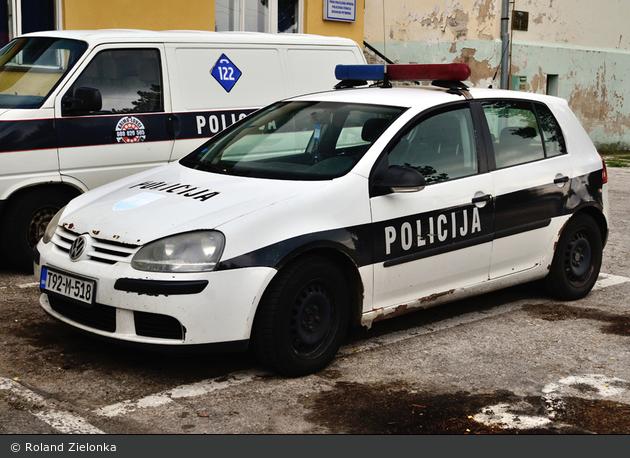 Bosanski Petrovac - Policija - FuStW
