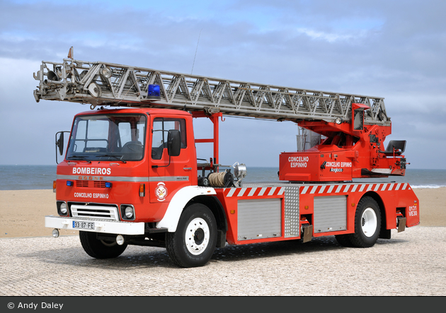 Espinho - Bombeiros Voluntários - DLK 30 - VE 30