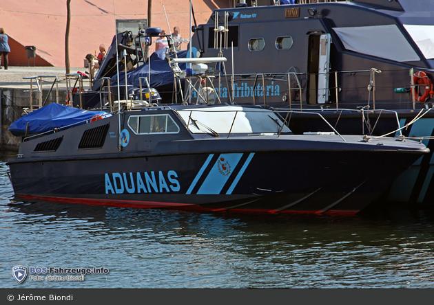 Barcelona - Aduanas - Schnellboot