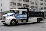 NYPD - Queens - Barriers Section - LKW 9873
