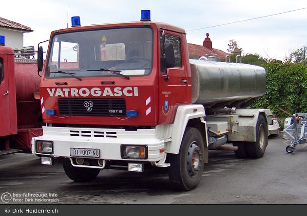 Novi Vinodolski - Vatrogasci - GTLF