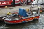 Florian Hamburg 11 Kleinboot