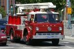 San Francisco - San Francisco Fire Department - Attack Hose Tender 013 (a.D.)