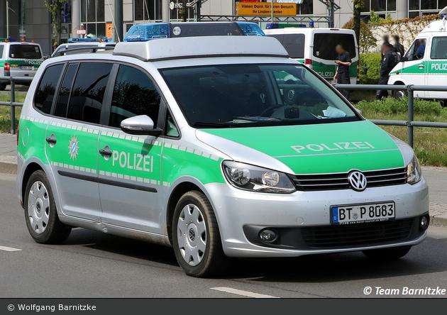 BT-P 8083 - VW Touran - FuStW